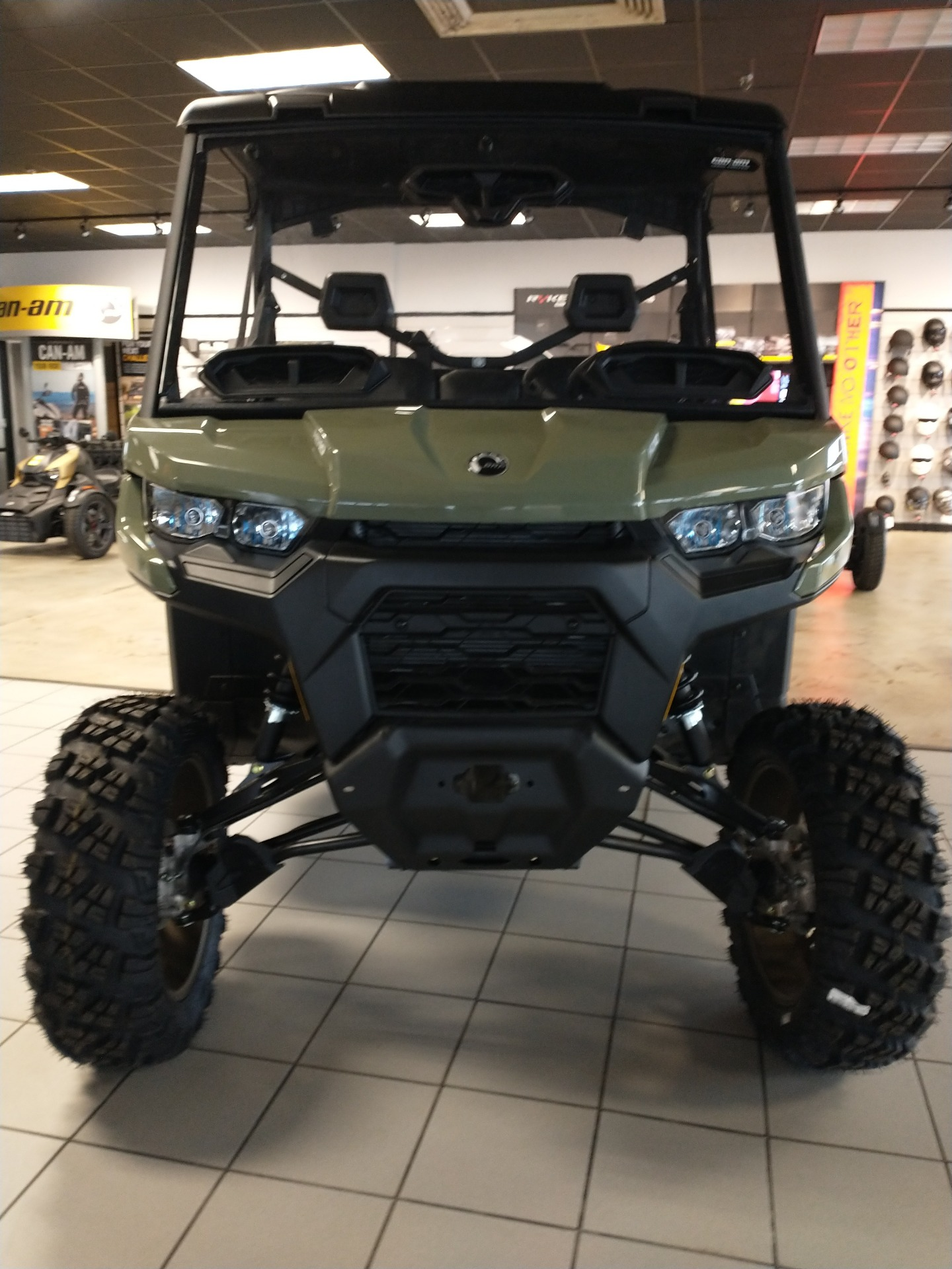 2021 Can-Am Defender DPS HD10 in Lumberton, North Carolina - Photo 2