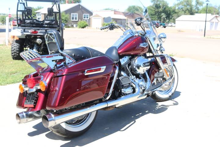 2014 Harley-Davidson Road King® in Pierre, South Dakota - Photo 2