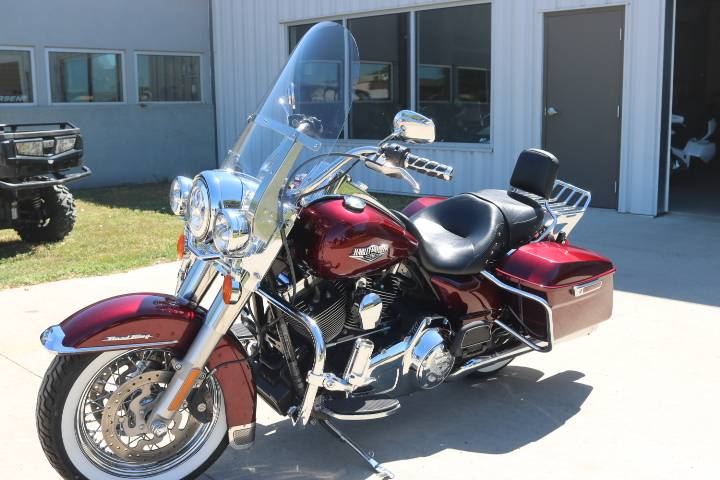 2014 Harley-Davidson Road King® in Pierre, South Dakota - Photo 4