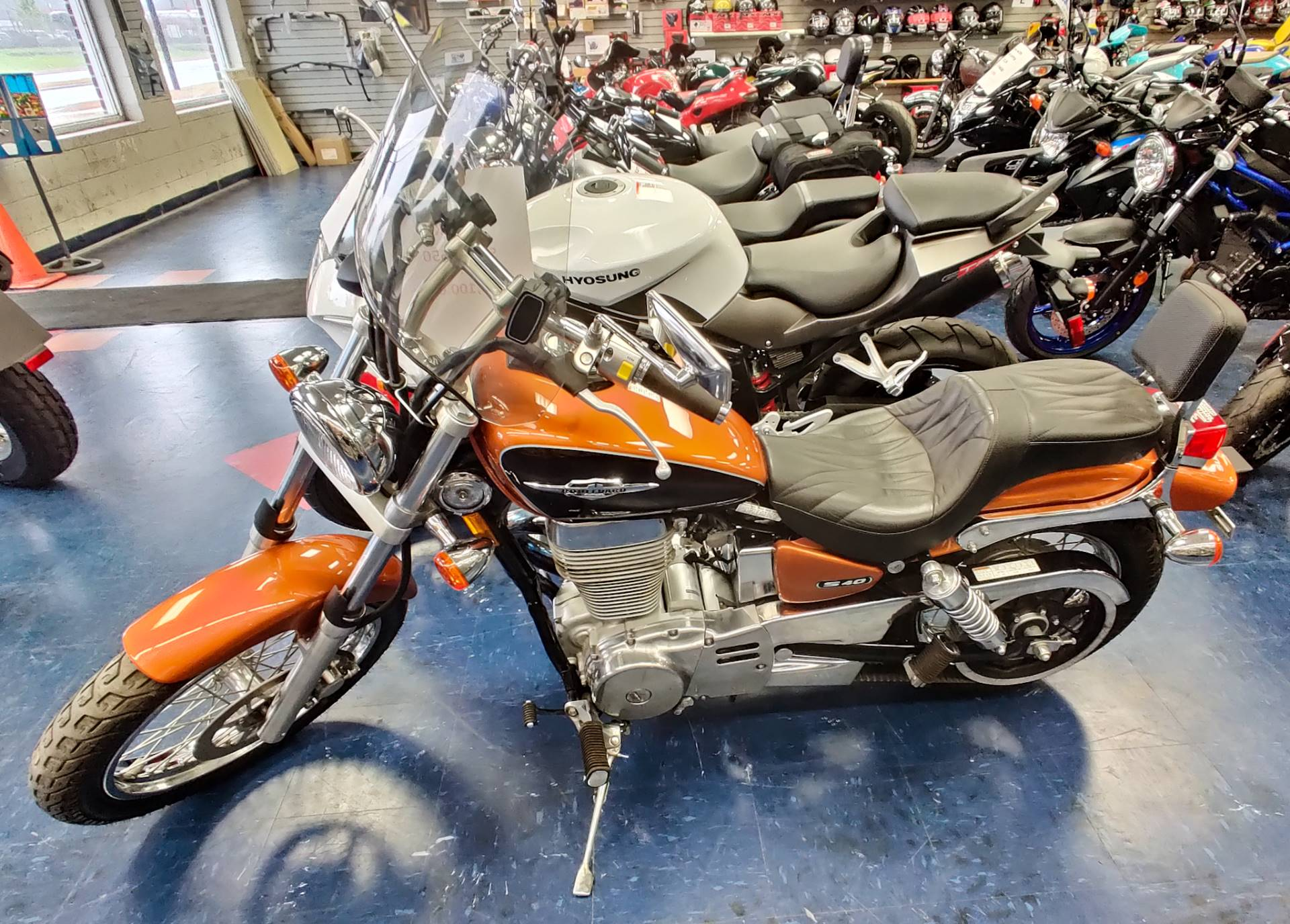 2014 Suzuki Boulevard S40 in Florence, South Carolina - Photo 2