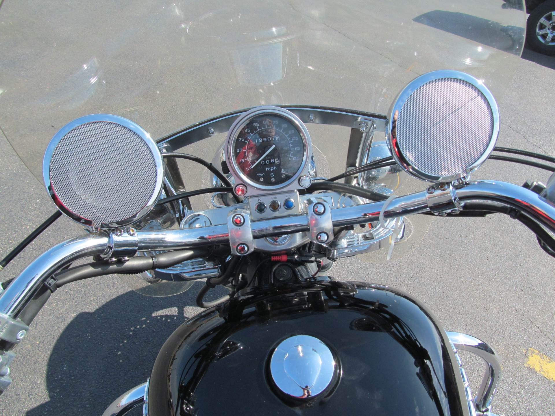 2001 Honda Shadow Ace Tourer in Crystal Lake, Illinois - Photo 9