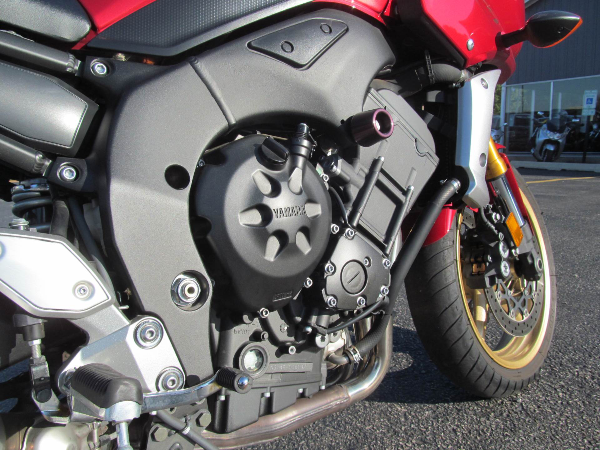 2008 Yamaha FZ1 in Crystal Lake, Illinois - Photo 10