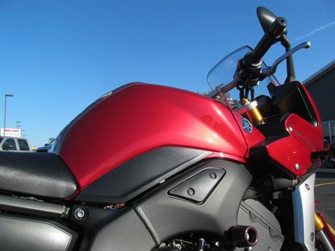 2008 Yamaha FZ1 in Crystal Lake, Illinois - Photo 11