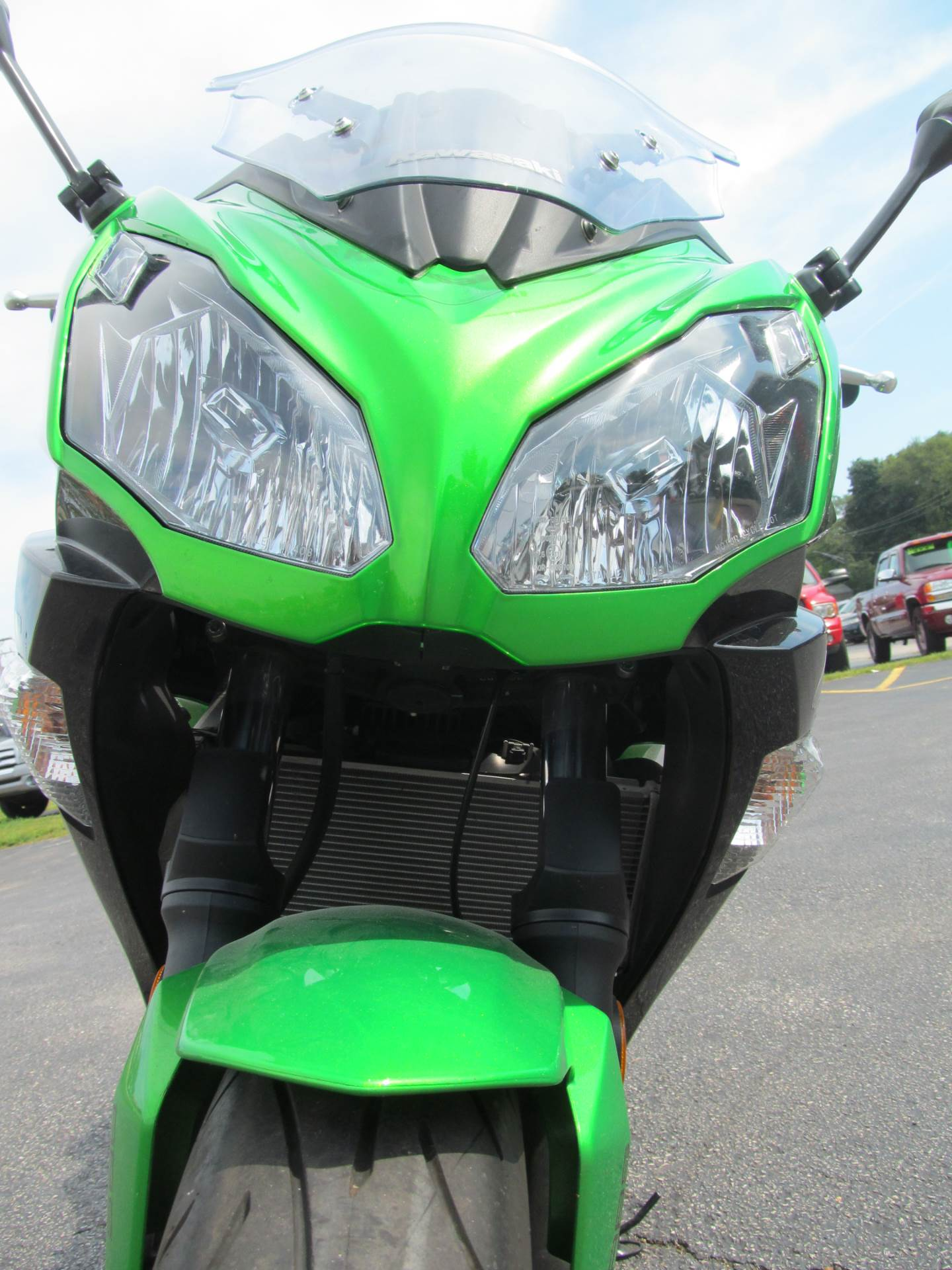 2016 Kawasaki Ninja 650 ABS in Crystal Lake, Illinois - Photo 9