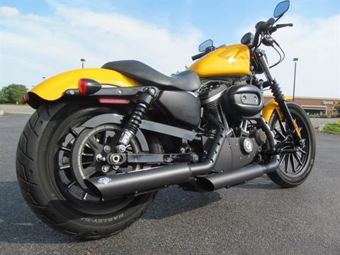 2011 Harley-Davidson Sportster® Iron 883™ in Crystal Lake, Illinois - Photo 5