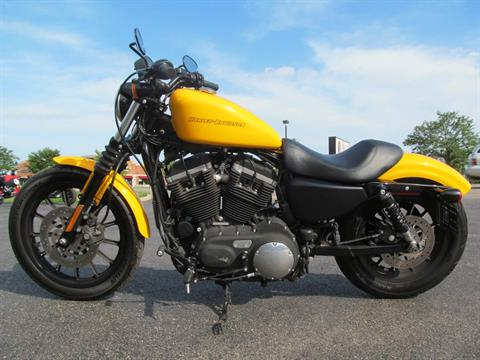 2011 Harley-Davidson Sportster® Iron 883™ in Crystal Lake, Illinois - Photo 2