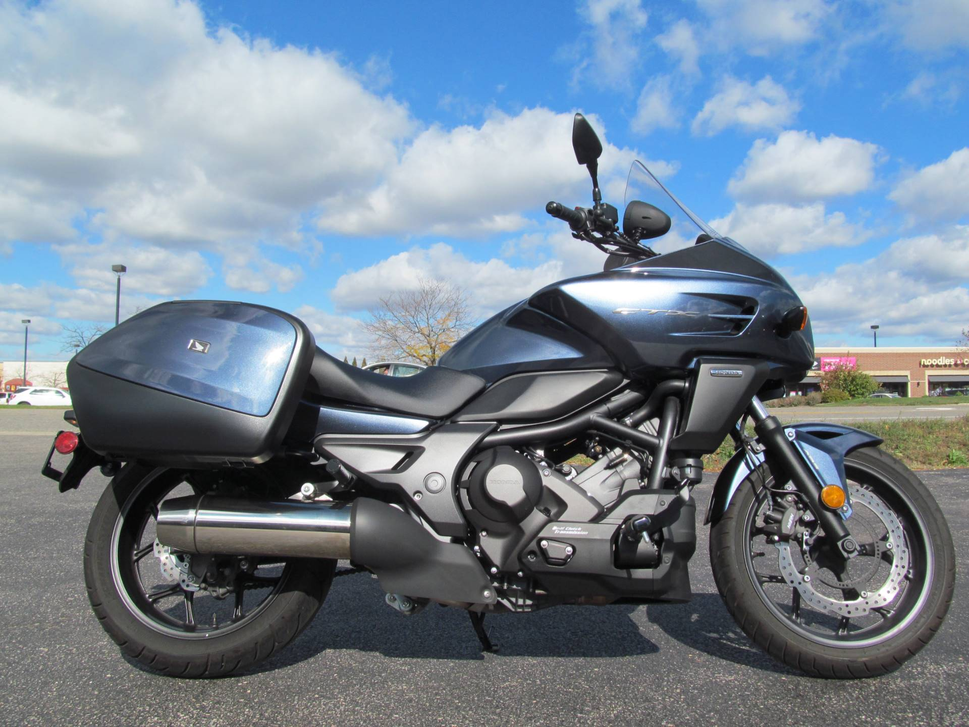 2015 Honda CTX®700 DCT ABS in Crystal Lake, Illinois - Photo 1