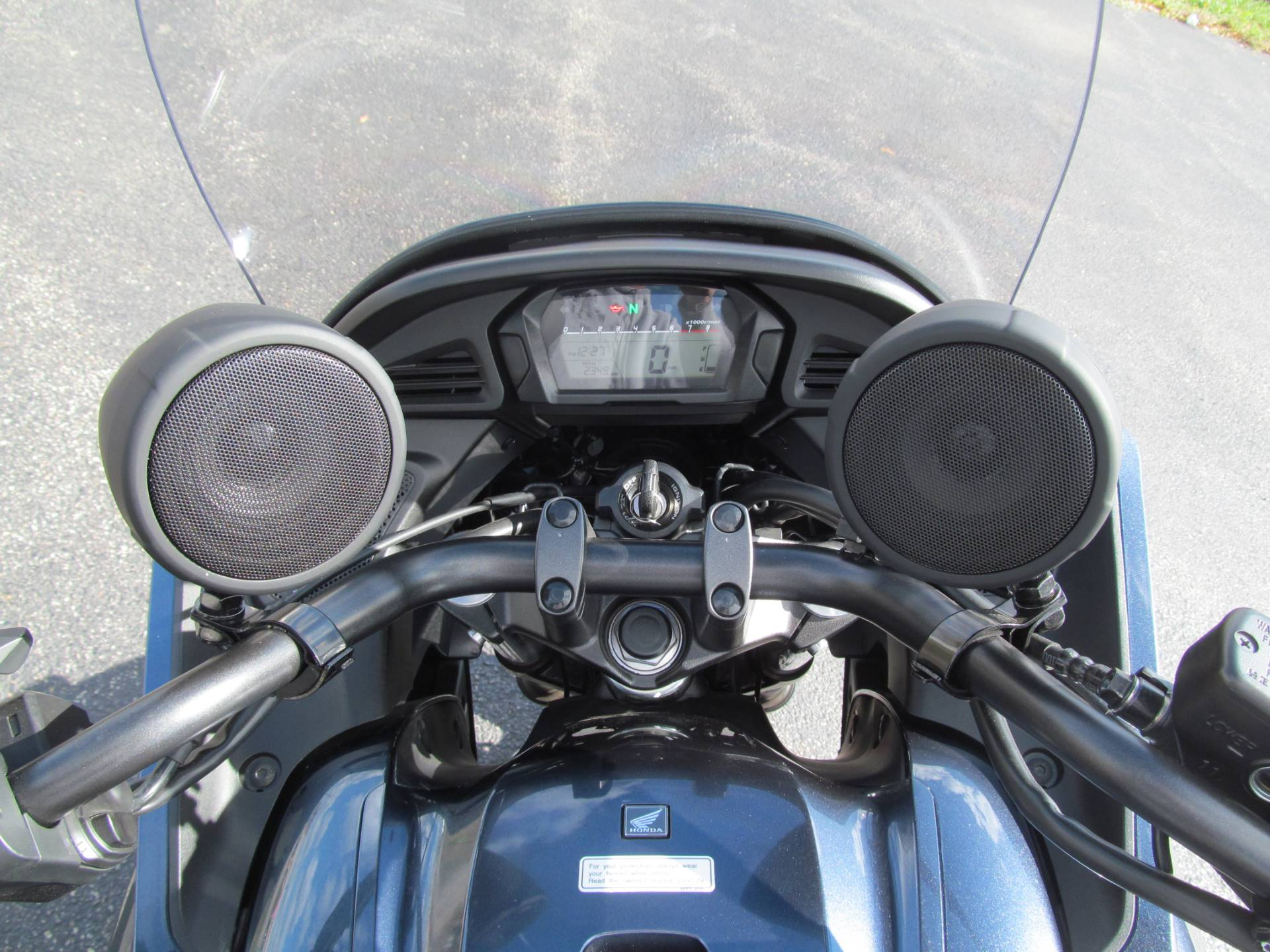 2015 Honda CTX®700 DCT ABS in Crystal Lake, Illinois - Photo 8