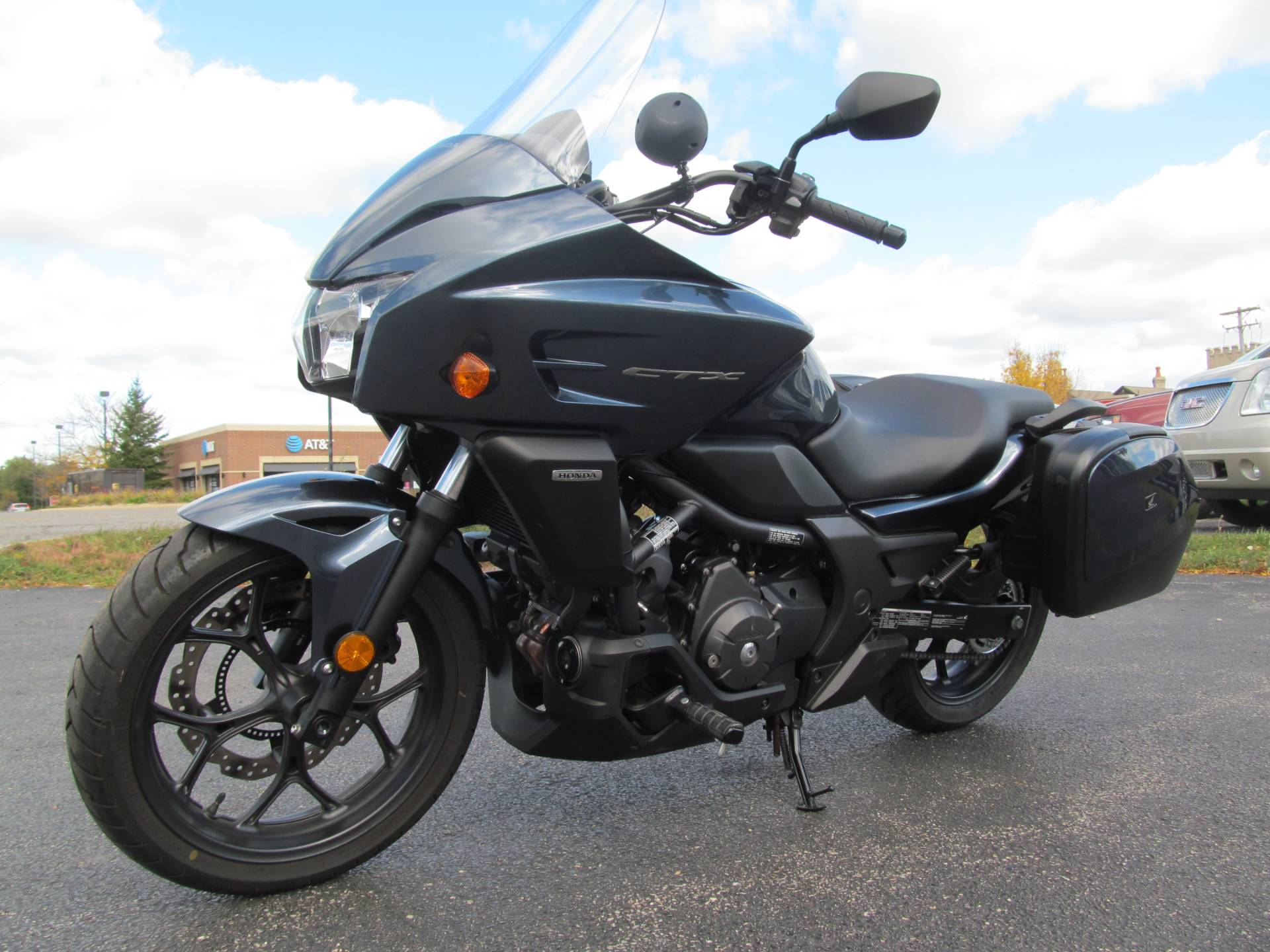 2015 Honda CTX®700 DCT ABS in Crystal Lake, Illinois - Photo 4