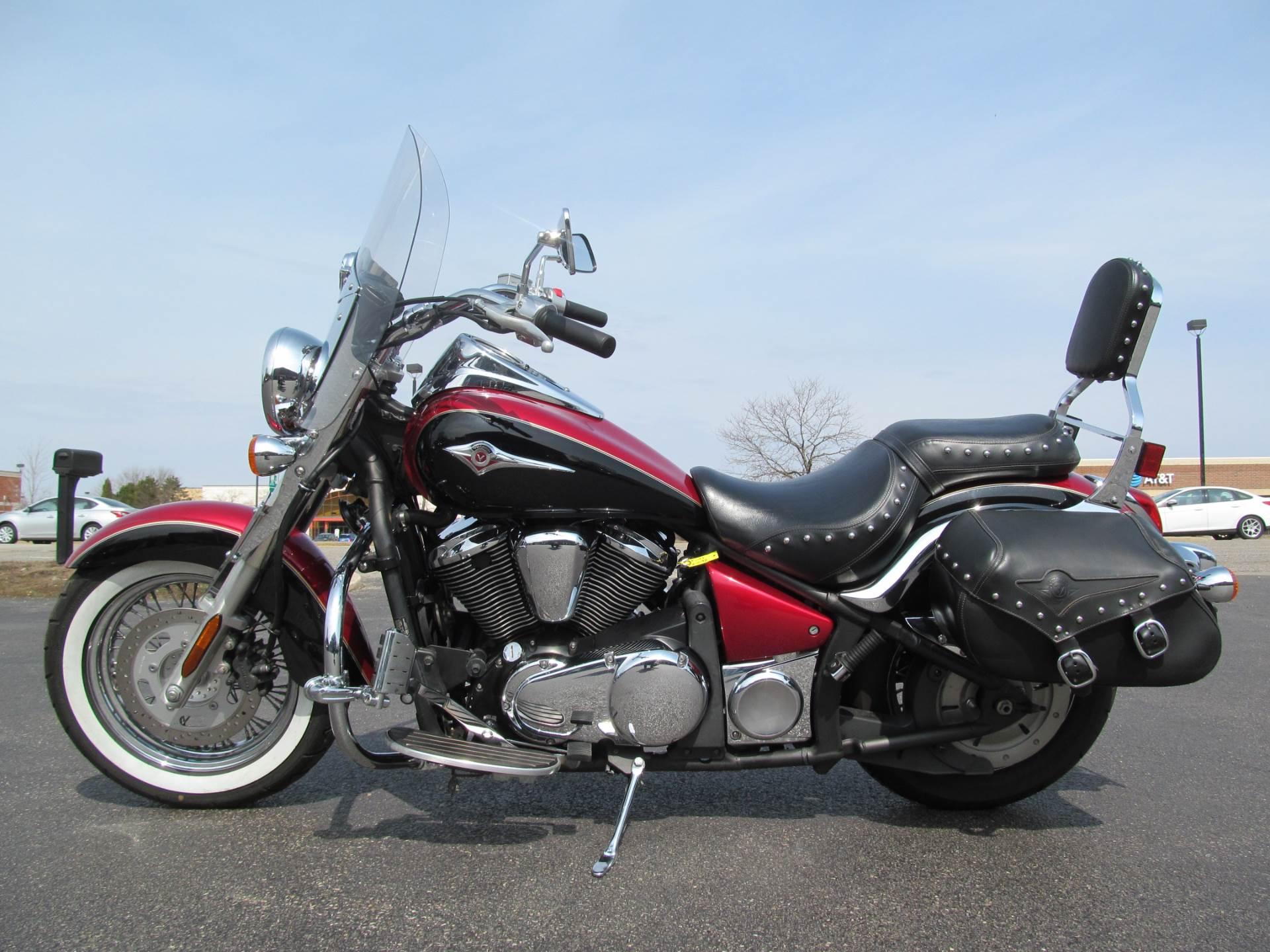 2008 Kawasaki Vulcan® 900 Classic LT in Crystal Lake, Illinois