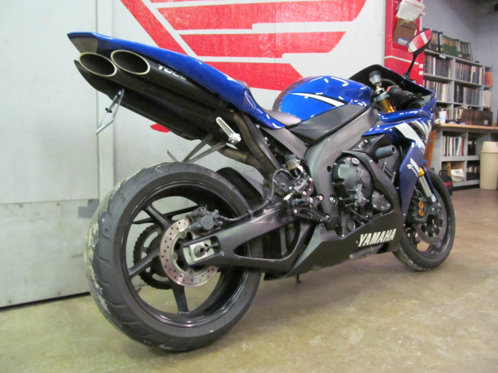 2006 Yamaha YZF-R1 5