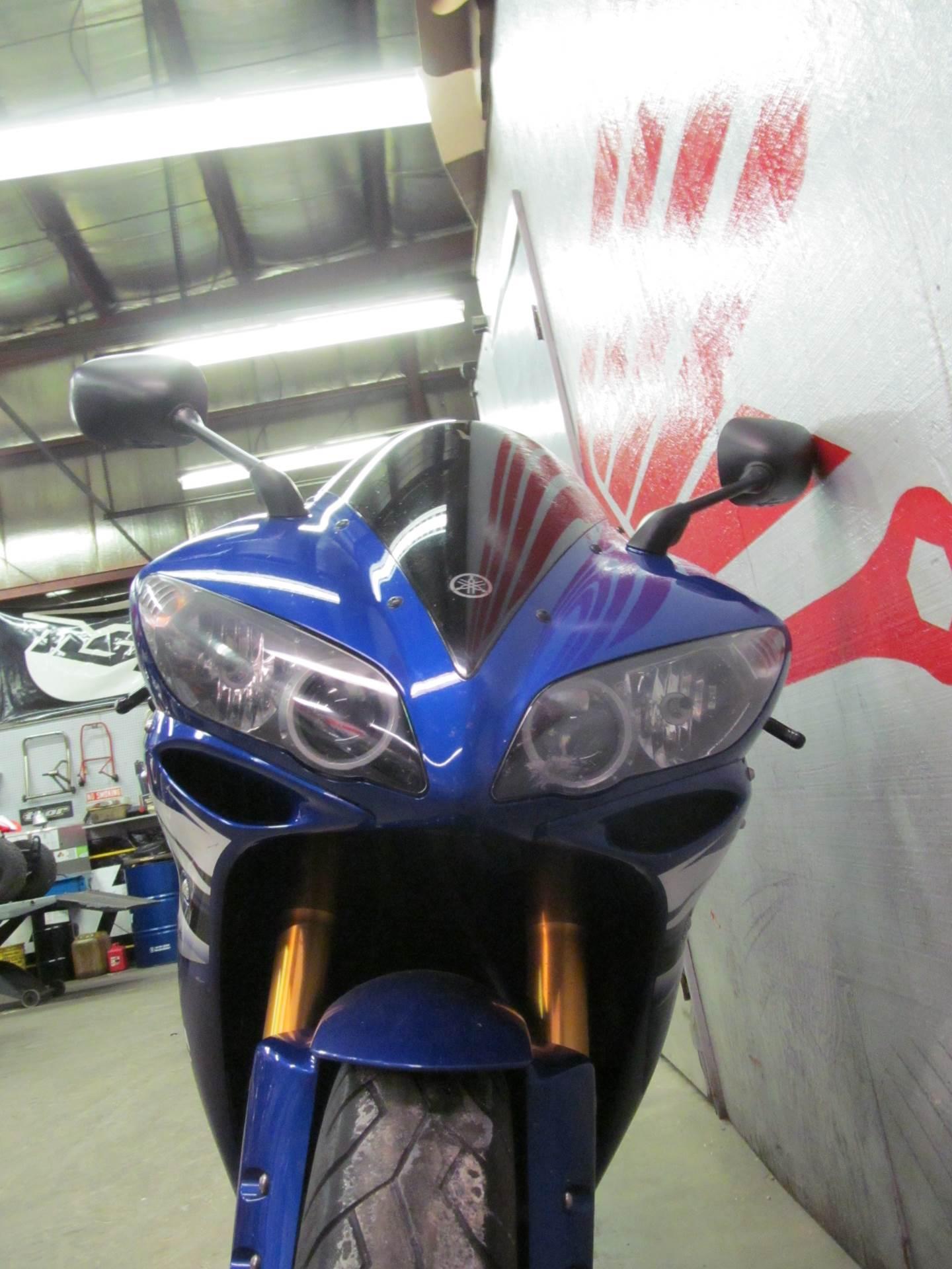 2006 Yamaha YZF-R1 8