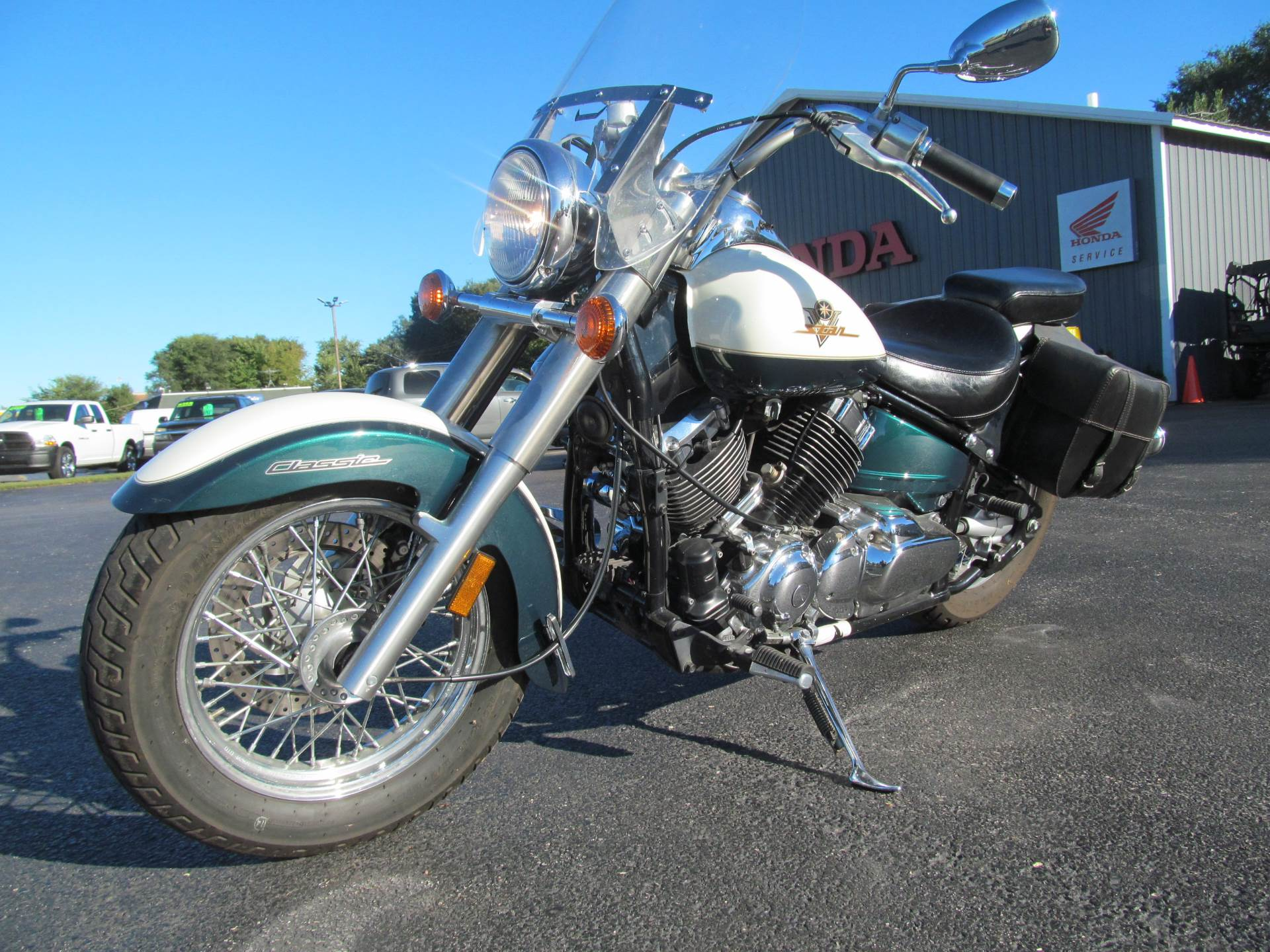 1999 Yamaha V Star Classic in Crystal Lake, Illinois - Photo 5