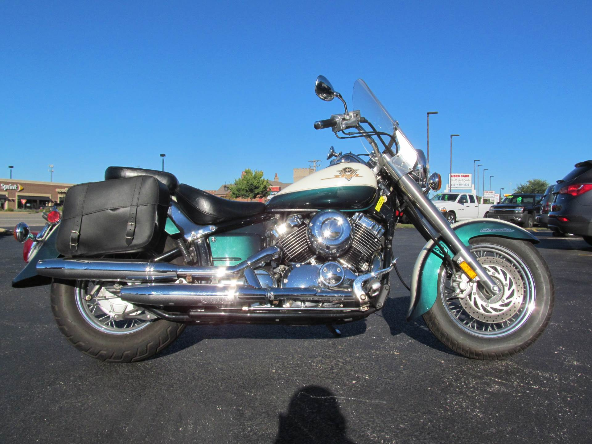 1999 Yamaha V Star Classic in Crystal Lake, Illinois - Photo 1