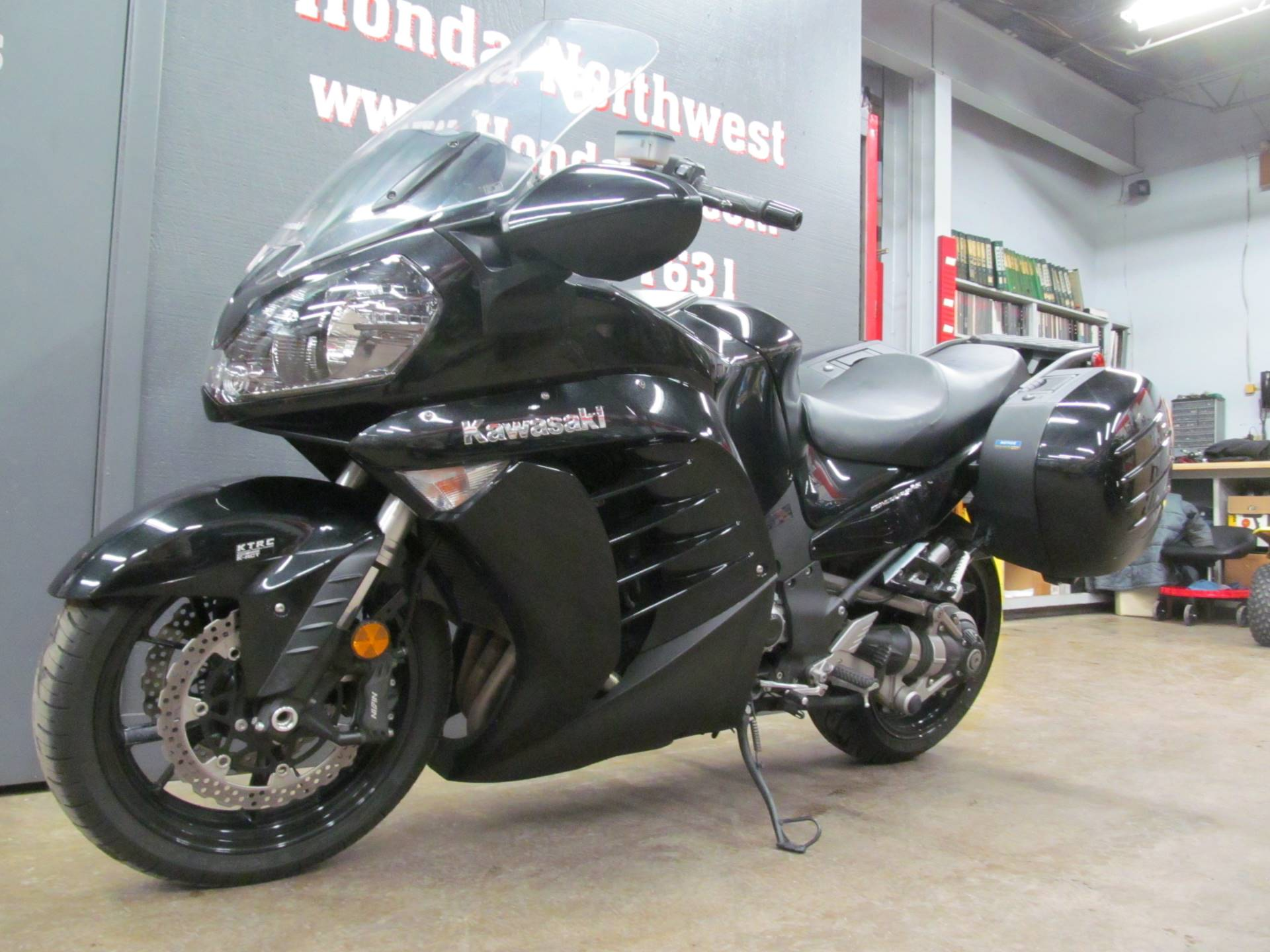 2014 Kawasaki Concours® 14 ABS in Crystal Lake, Illinois - Photo 4