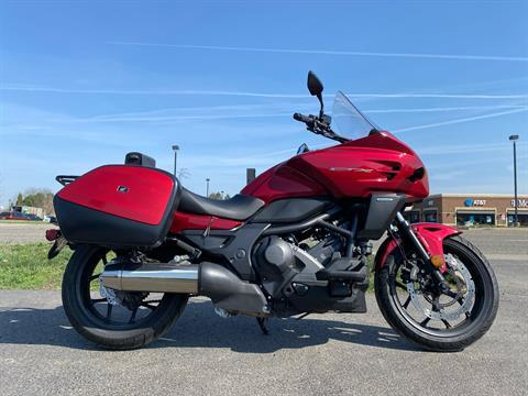 2014 Honda CTX®700 DCT ABS in Crystal Lake, Illinois - Photo 1