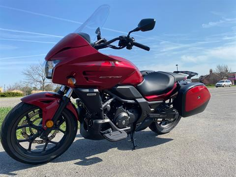 2014 Honda CTX®700 DCT ABS in Crystal Lake, Illinois - Photo 4