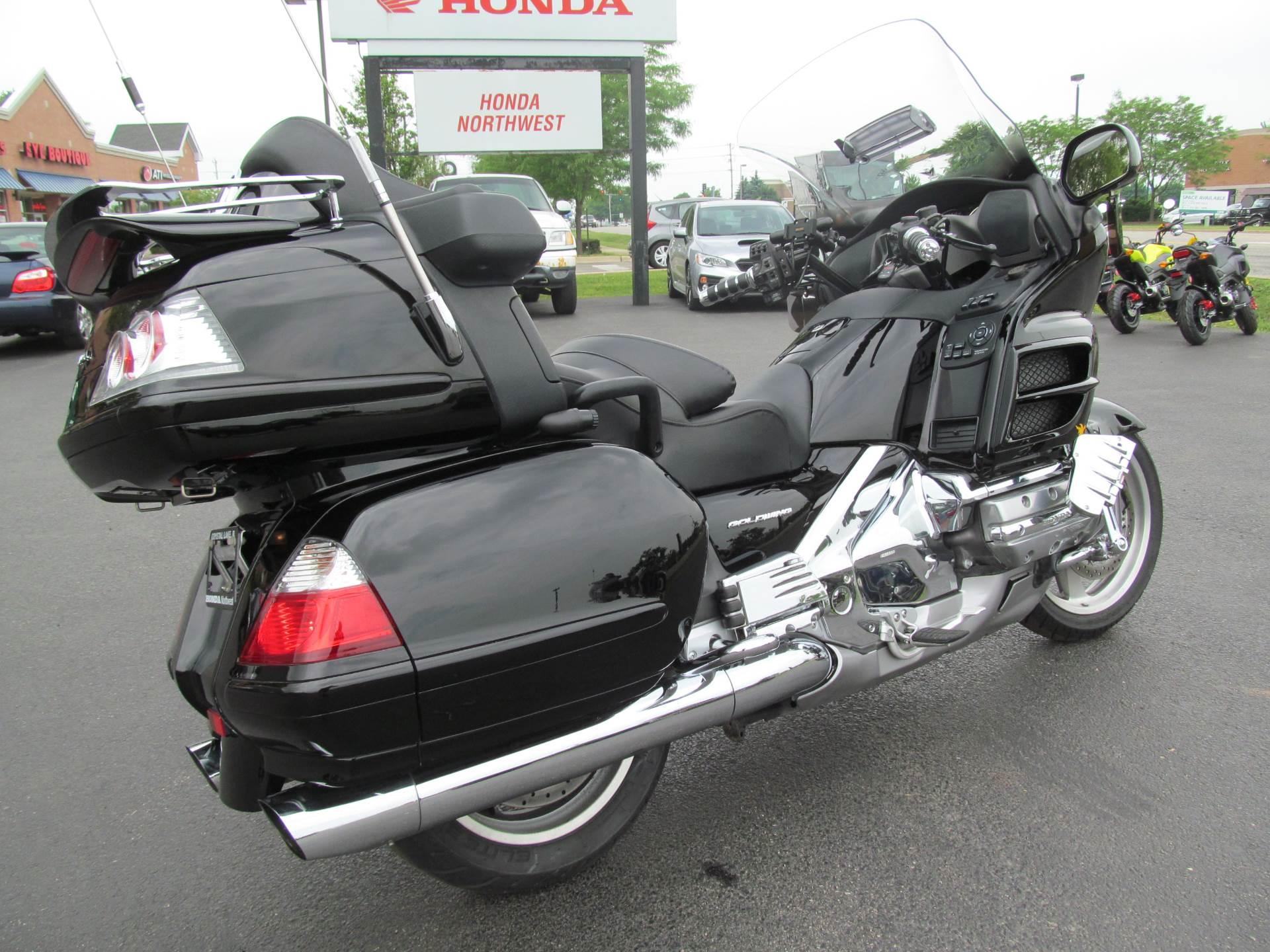 2006 Honda Gold Wing Airbag 6