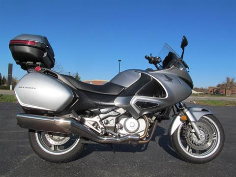 2010 Honda NT700V in Crystal Lake, Illinois