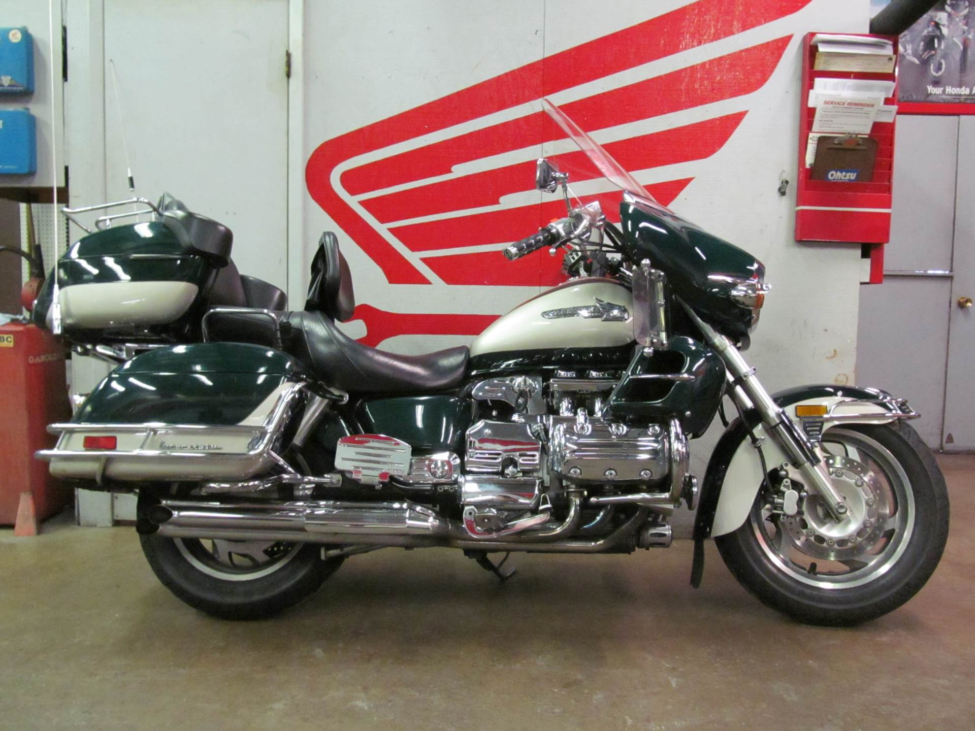 1999 Honda Valkyrie Interstate in Crystal Lake, Illinois