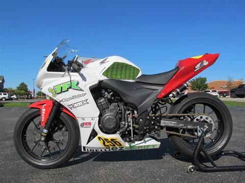 2014 Honda CBR®500R in Crystal Lake, Illinois - Photo 2