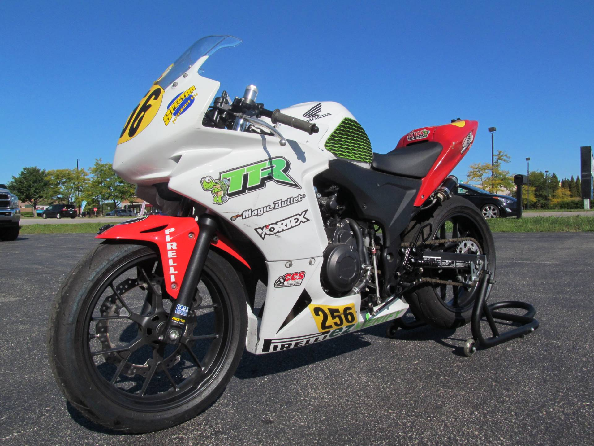 2014 Honda CBR®500R in Crystal Lake, Illinois - Photo 4