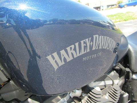 2012 Harley-Davidson Sportster® Iron 883™ in Crystal Lake, Illinois - Photo 7