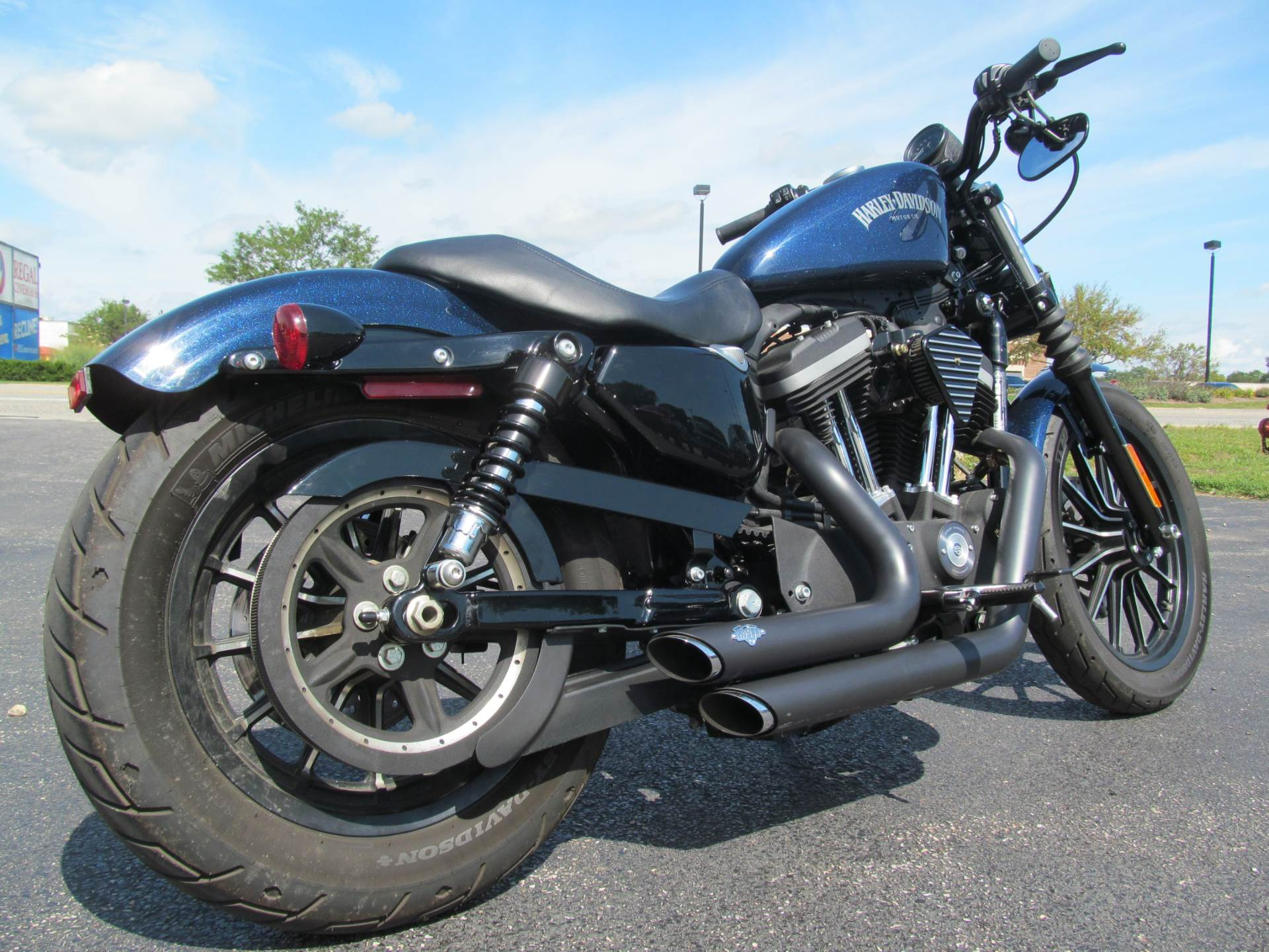 2012 Harley-Davidson Sportster® Iron 883™ in Crystal Lake, Illinois - Photo 5
