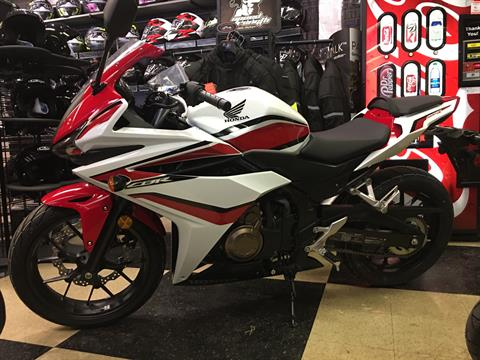 2018 Honda CBR500R in Crystal Lake, Illinois
