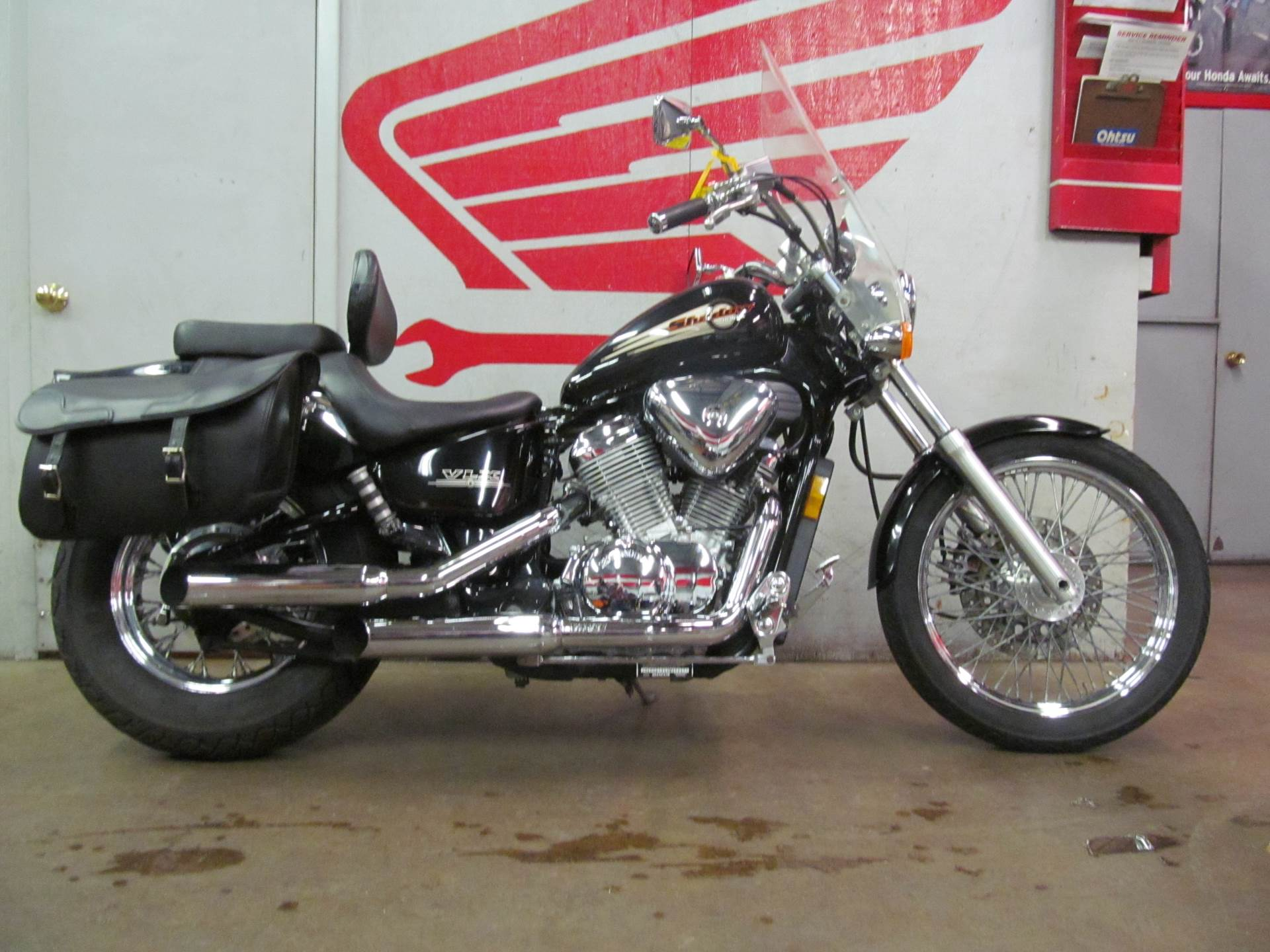 2003 Honda Shadow VLX Deluxe in Crystal Lake, Illinois