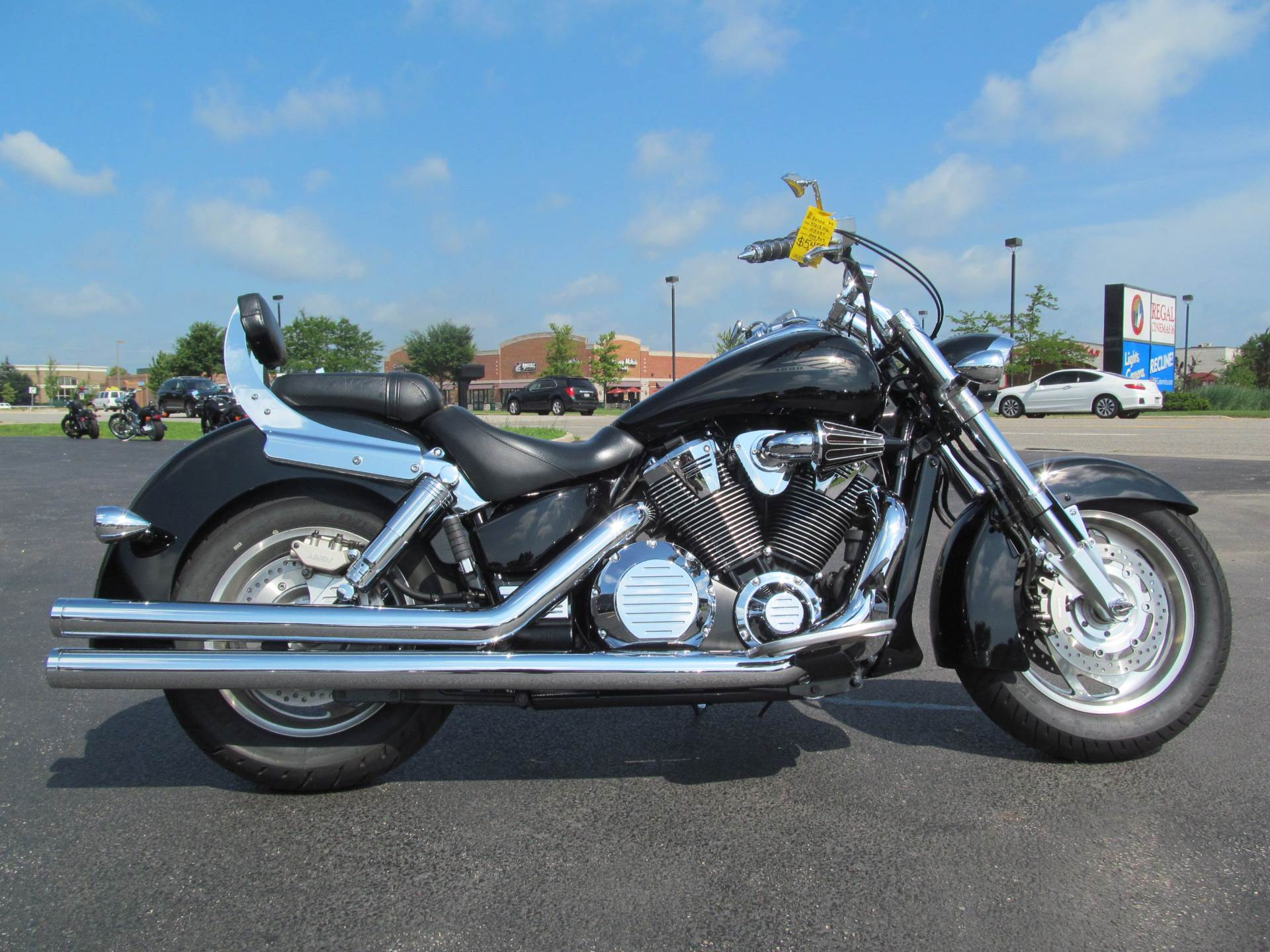 2004 Honda VTX1800N in Crystal Lake, Illinois