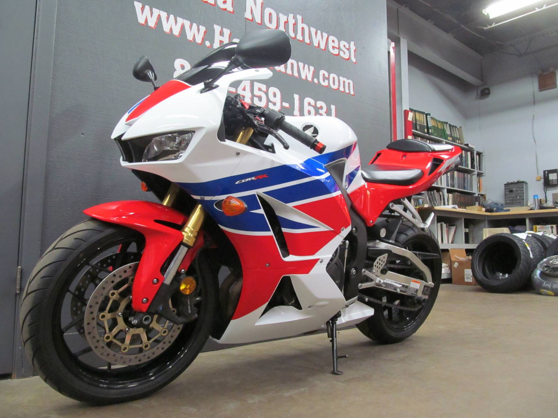 2013 Honda CBR®600RR in Crystal Lake, Illinois - Photo 4
