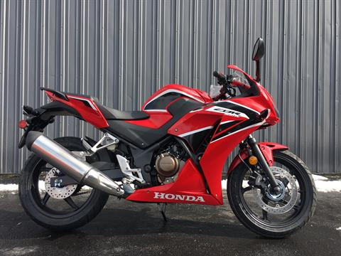 2019 Honda CBR300R ABS in Crystal Lake, Illinois