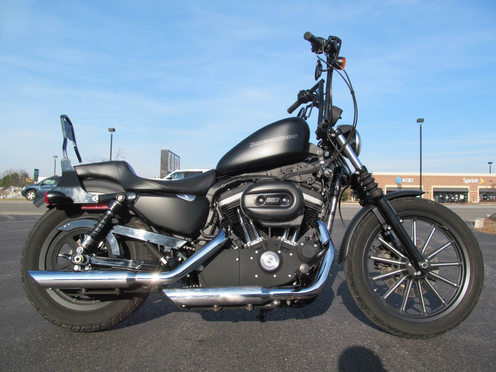 2010 Harley-Davidson Sportster® Iron 883™ in Crystal Lake, Illinois - Photo 1