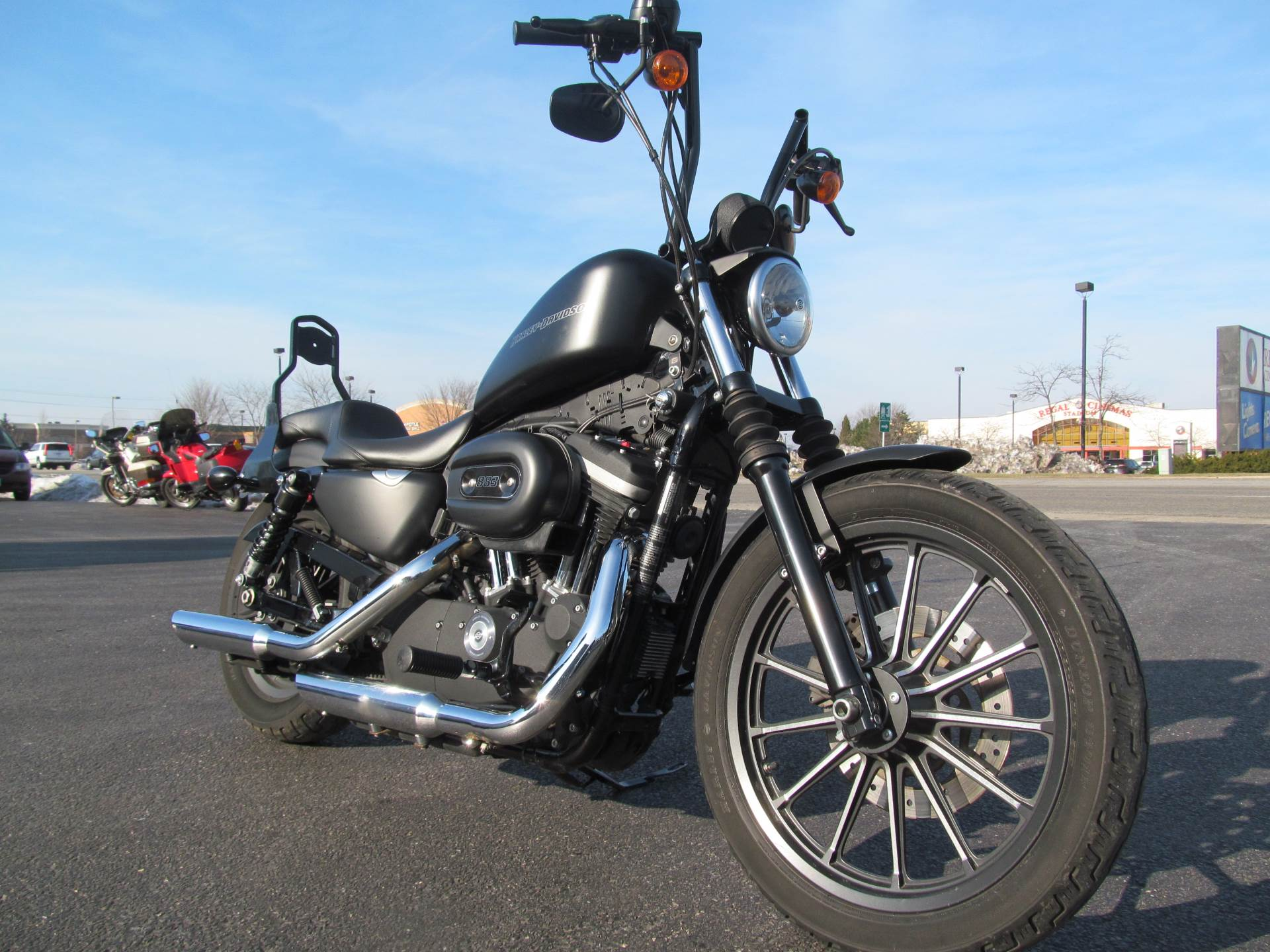 2010 Harley-Davidson Sportster® Iron 883™ in Crystal Lake, Illinois - Photo 3