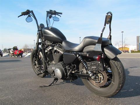 2010 Harley-Davidson Sportster® Iron 883™ in Crystal Lake, Illinois - Photo 6