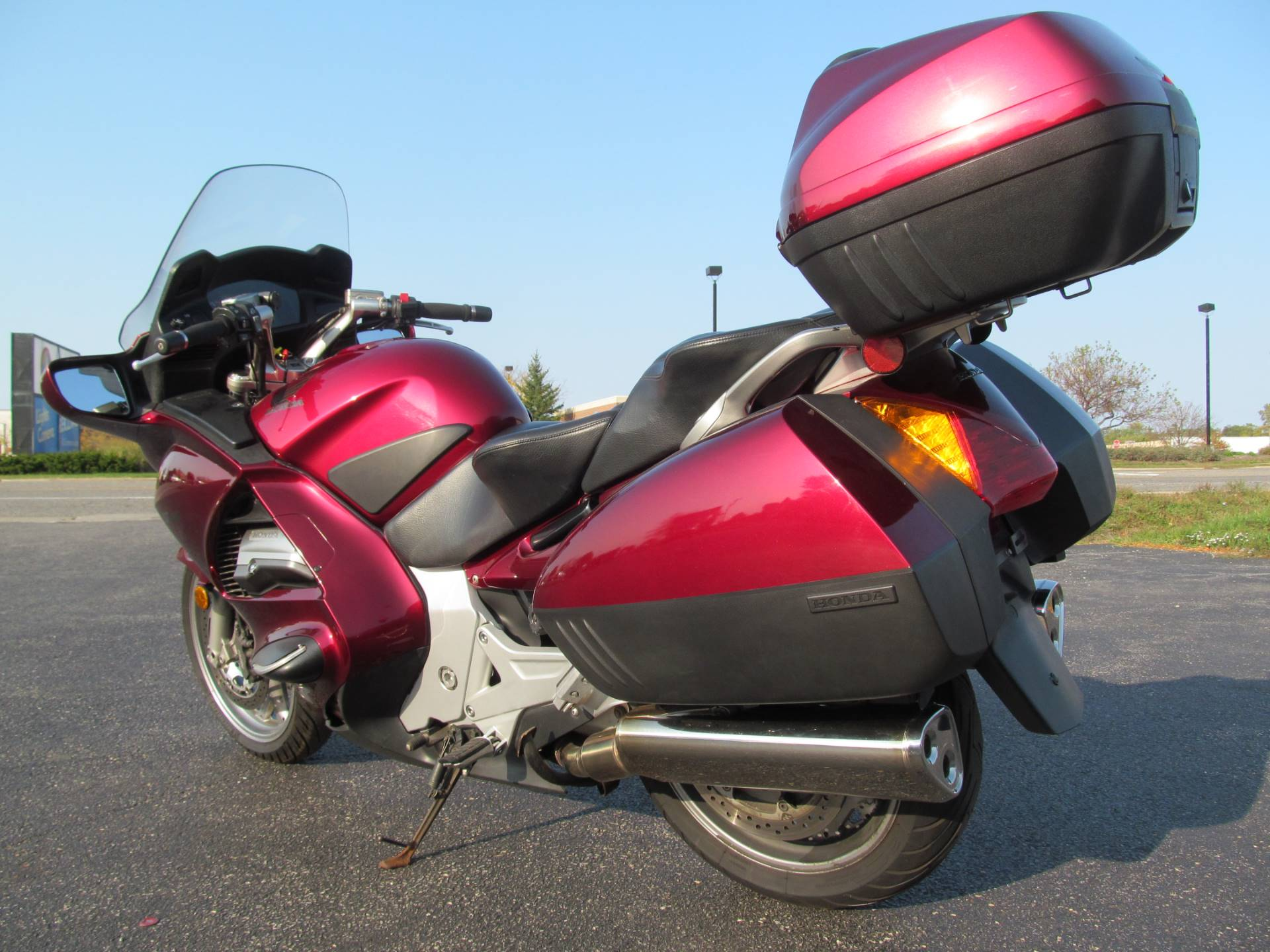 2005 Honda ST™1300 in Crystal Lake, Illinois - Photo 5