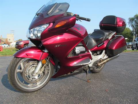 2005 Honda ST™1300 in Crystal Lake, Illinois - Photo 4