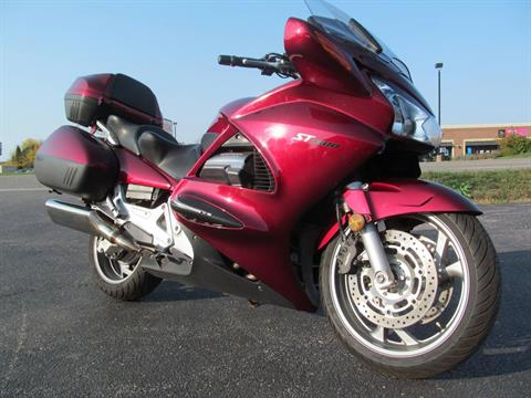 2005 Honda ST™1300 in Crystal Lake, Illinois - Photo 3