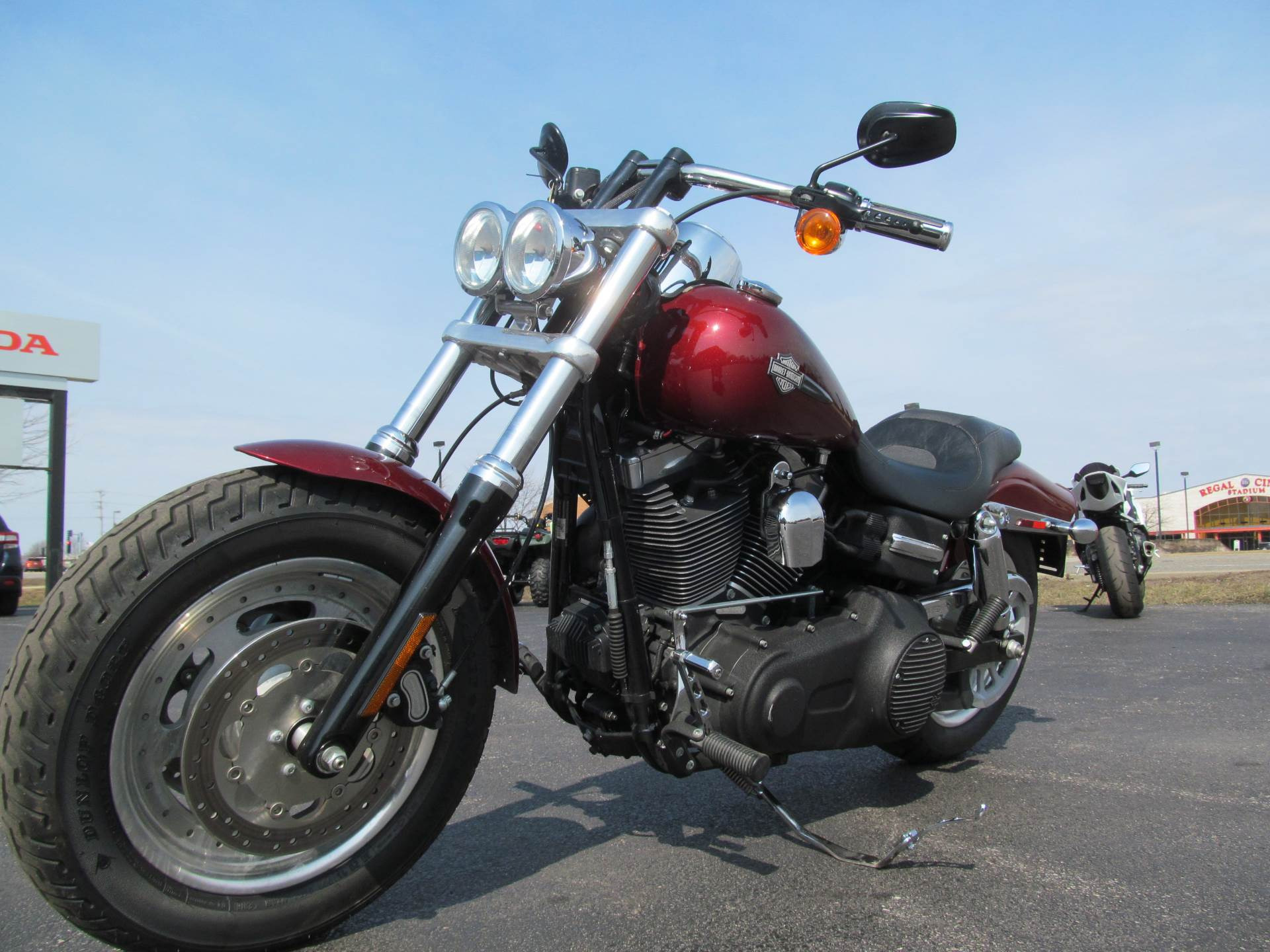 2010 Harley-Davidson Dyna® Fat Bob® in Crystal Lake, Illinois - Photo 4