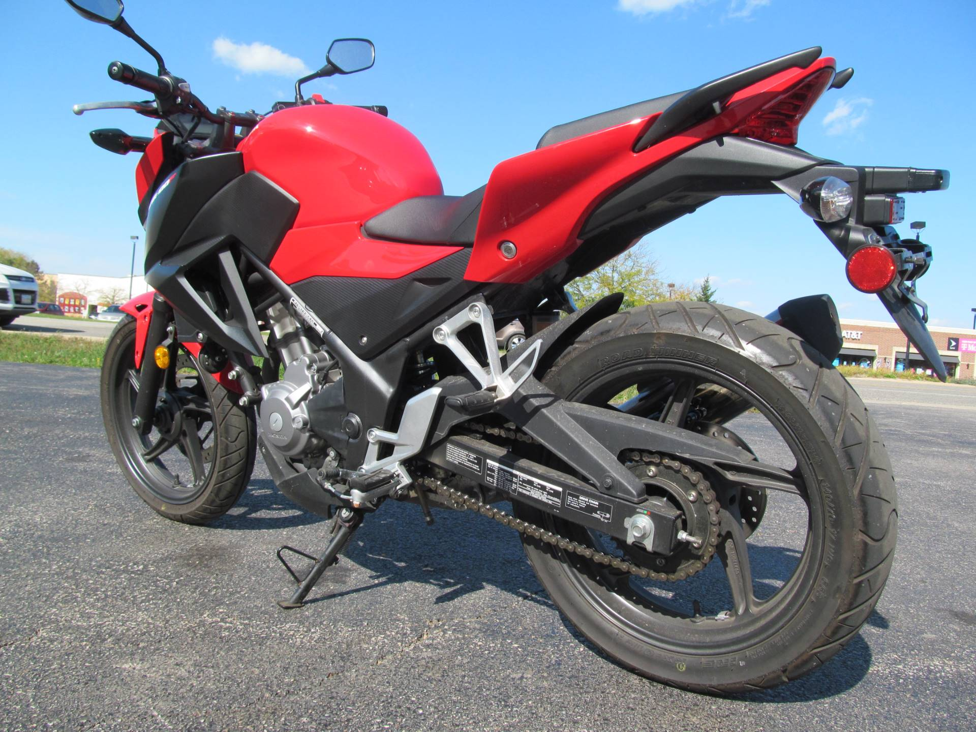 2015 Honda CB300F in Crystal Lake, Illinois - Photo 5