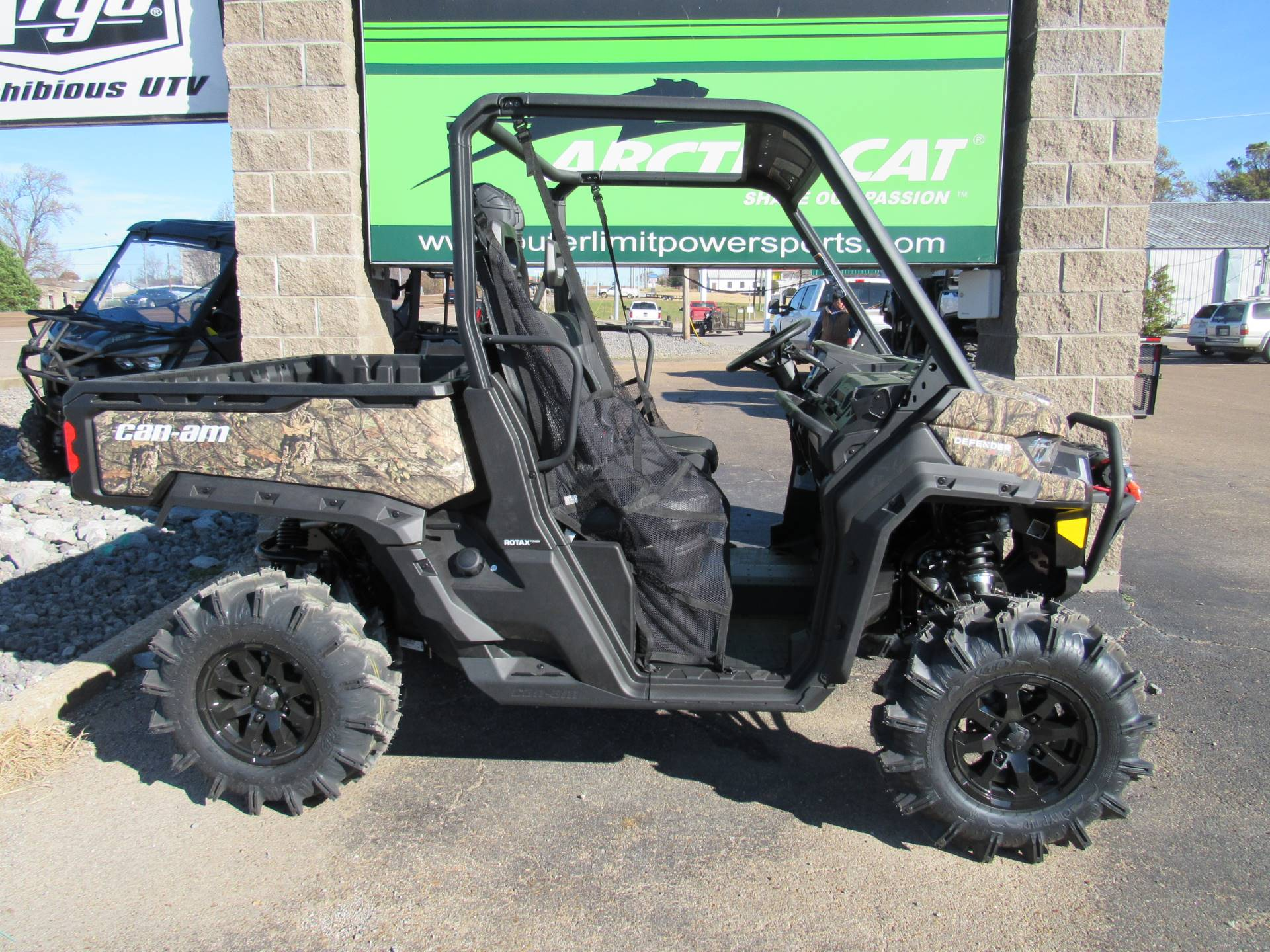 2021 Can-Am Defender X MR HD10 in Dyersburg, Tennessee - Photo 2