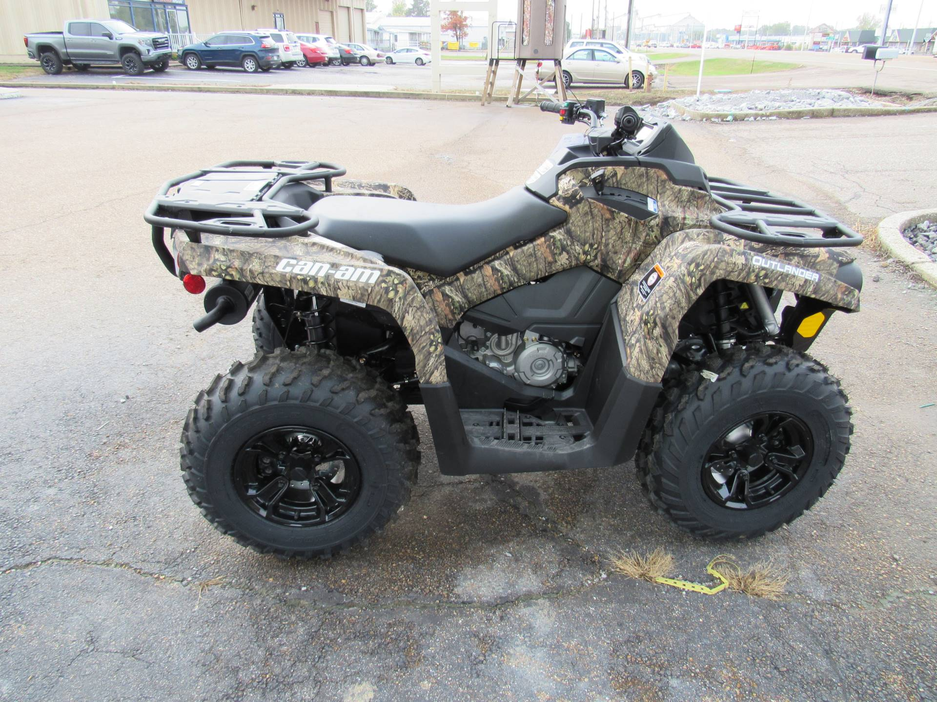 2021 Can-Am Outlander DPS 450 in Dyersburg, Tennessee - Photo 4