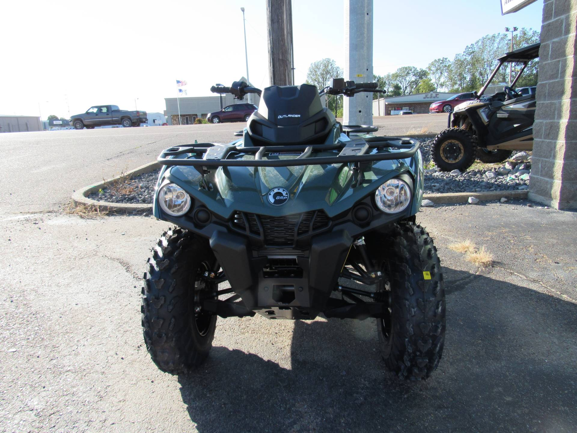 2021 Can-Am Outlander DPS 570 in Dyersburg, Tennessee - Photo 3