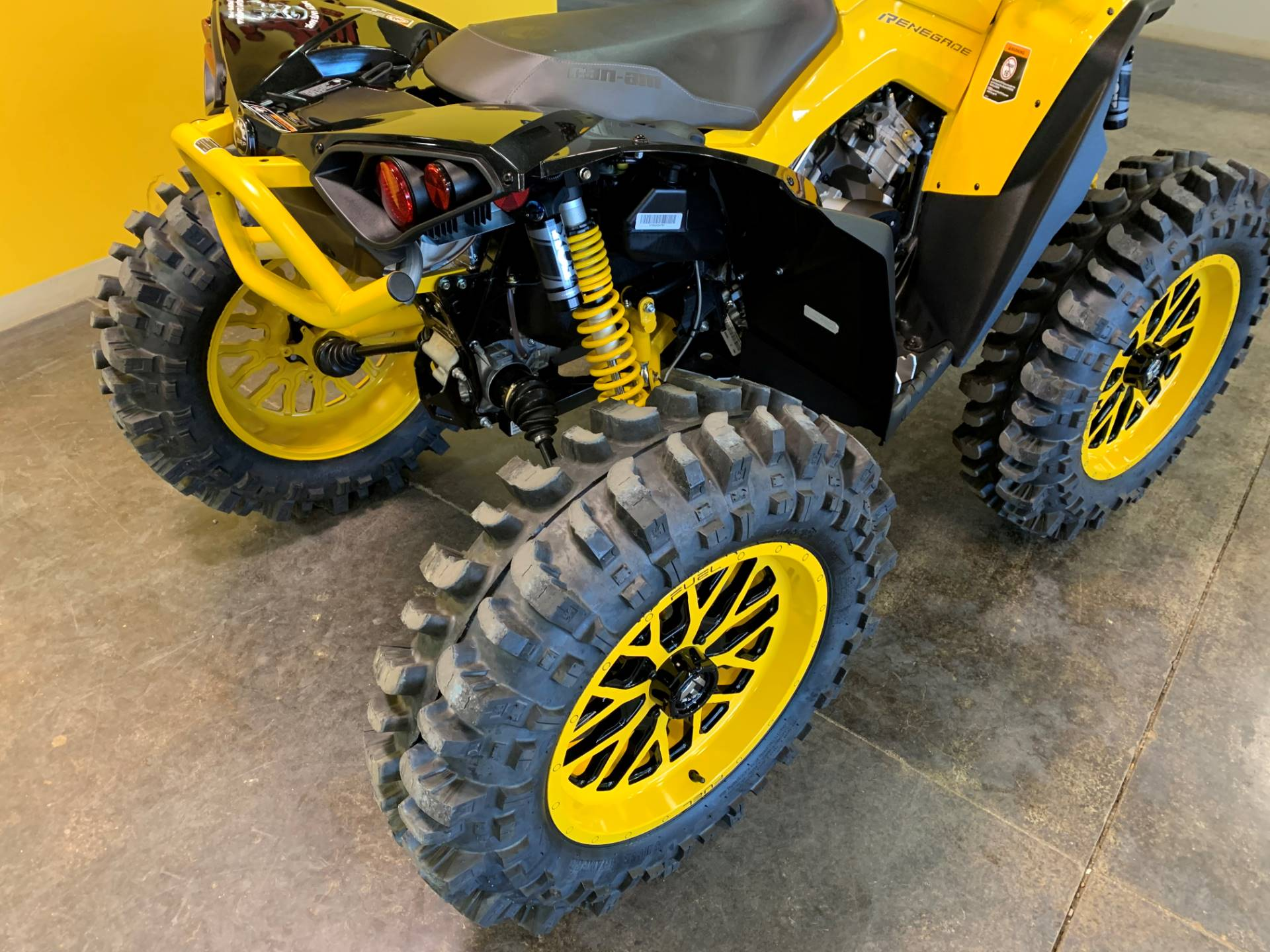 2021 Can-Am Renegade X MR 1000R with Visco-4Lok in Dyersburg, Tennessee - Photo 3