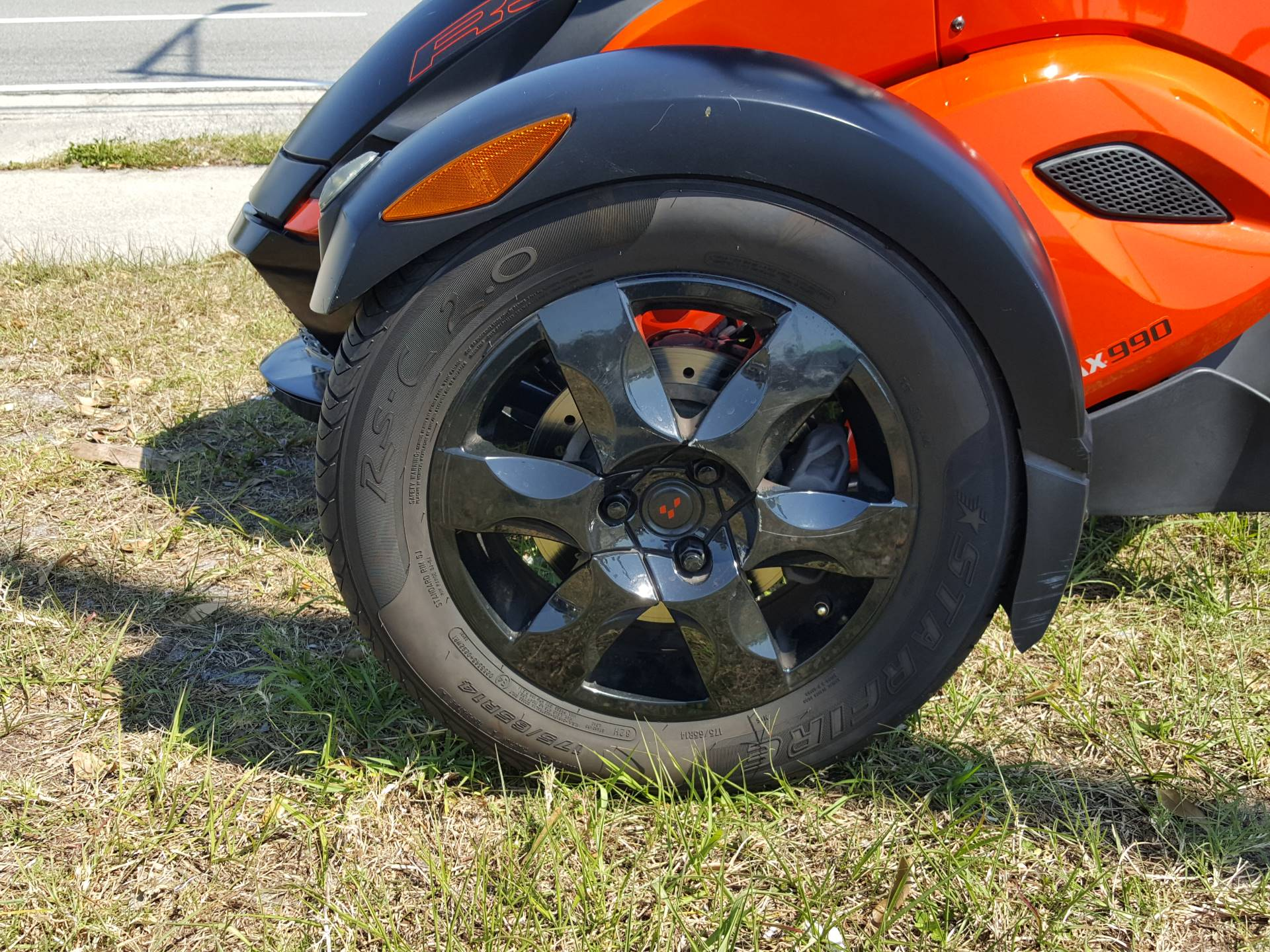 2009 Can-Am Spyder™ GS Roadster with SM5 Transmission (manual) in Melbourne, Florida