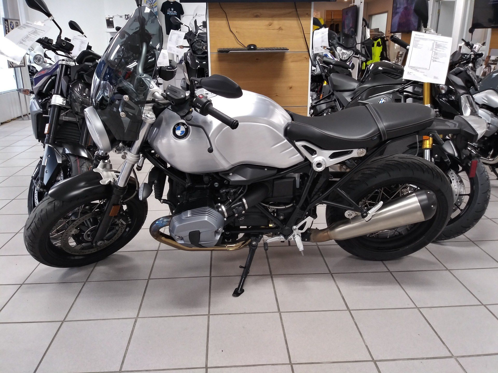 2017 BMW R9TPUR in Cape Girardeau, Missouri - Photo 2