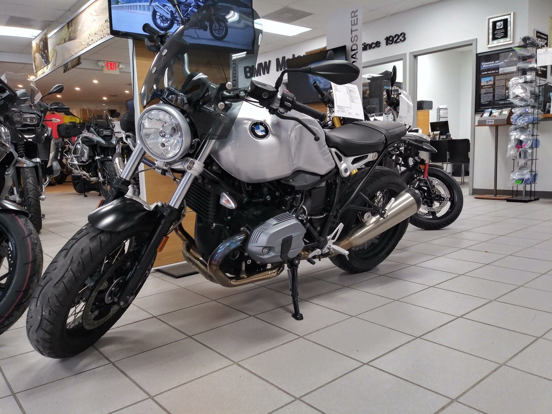 2017 BMW R9TPUR in Cape Girardeau, Missouri - Photo 1