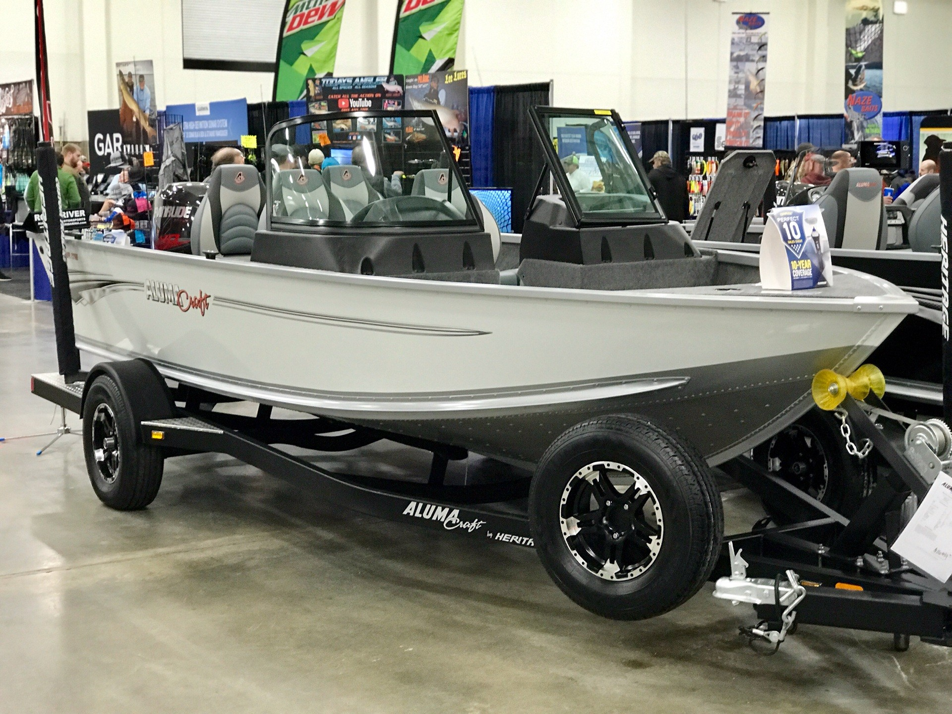 2019 Alumacraft VOY 175 SP in Edgerton, Wisconsin