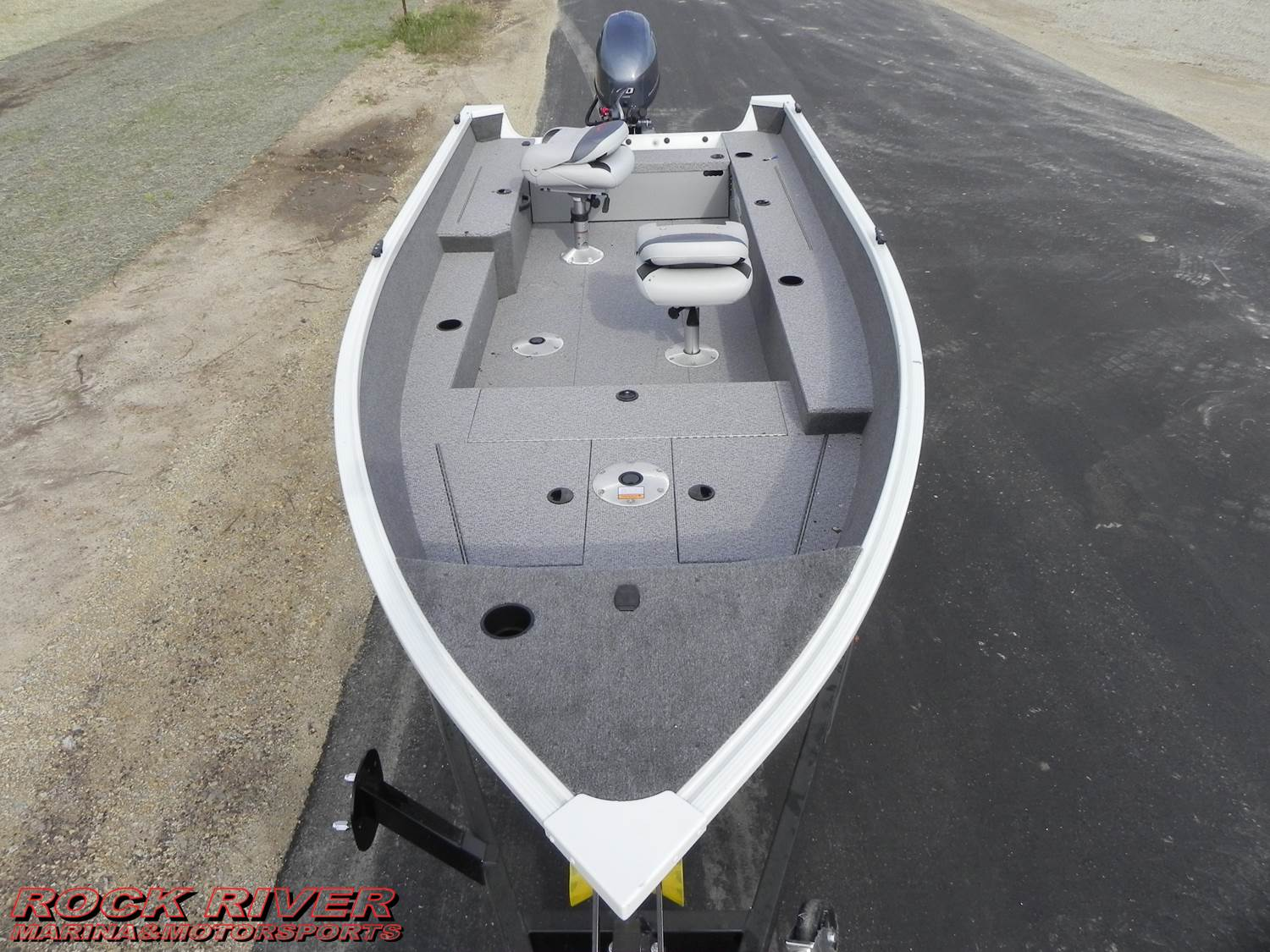 2018 Alumacraft Escape 165 Tiller in Edgerton, Wisconsin - Photo 2